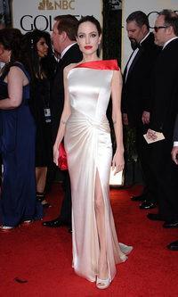 El Atelier Versace perfecto de Angelina Jolie