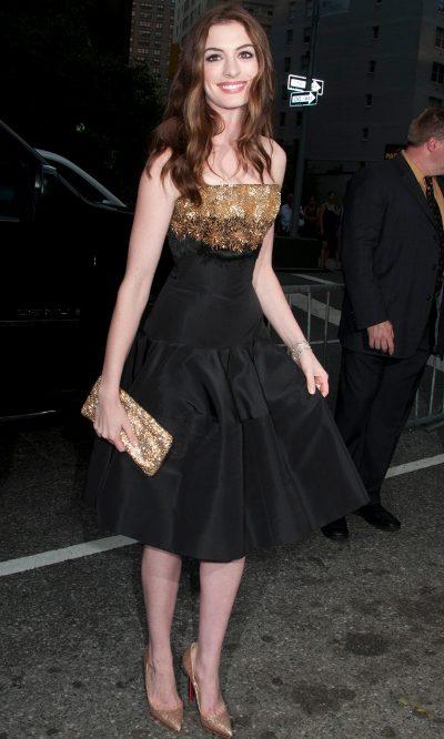 Anne Hathaway de Alexander McQueen