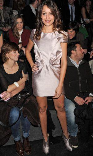 Hiba Abouk con vestido de Amaya Arzuaga