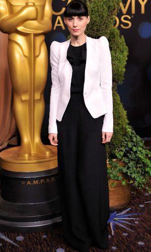 Rooney Mara, toque de lujo a un look low-cost