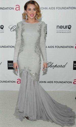 Miley Cyrus brilla de Roberto Cavalli