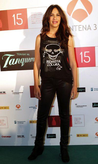 Melani Olivares y su look heavy