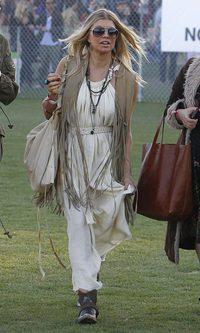 Fergie y su look hippie