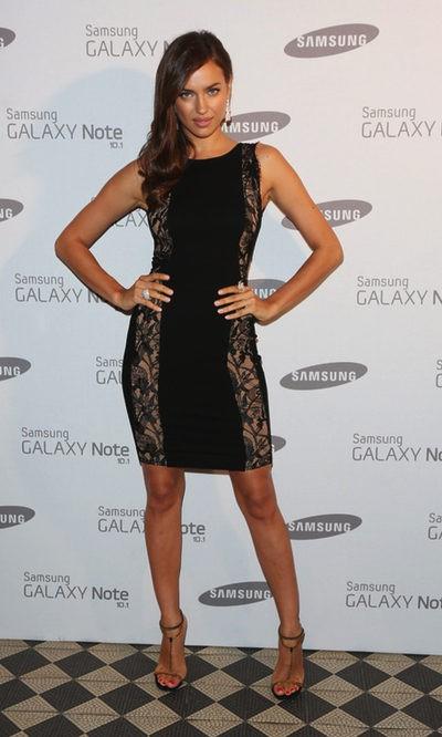 Irina Shayk espectacular de encaje