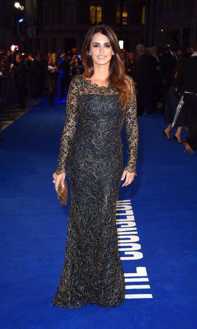 Penélope Cruz, radiante con su ajustado vestido de Temperley London