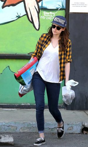 Kristen Stewart, fiel a su estilo grunge