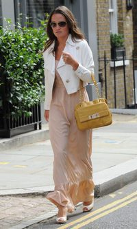 Pippa Middleton, nude en la oficina