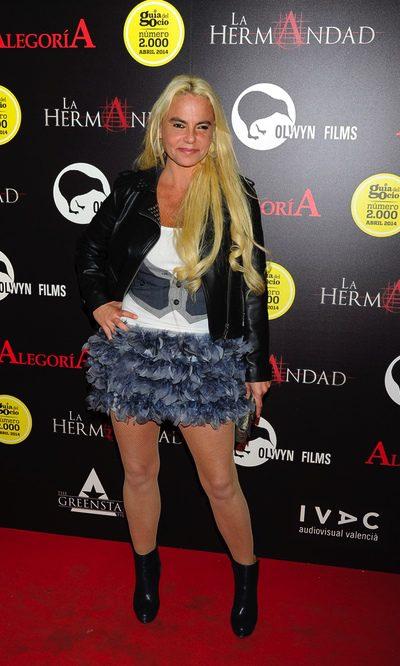 Leticia Sabater, con falda y a lo loco