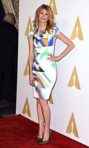 El multicolor vestido de Laura Dern