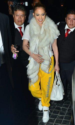 Jennifer Lopez, con la boa y el chándal