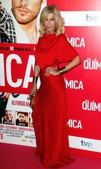 Bibiana Fernández, la mujer de rojo y dorado