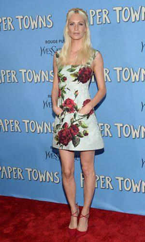 Poppy Delevingne apuesta por las flores de Dolce&Gabbana