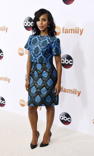 Kerry Washington se pone barroca sobre la red carpet