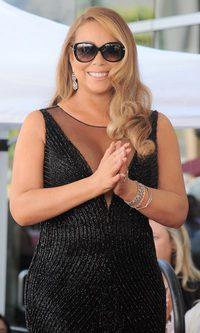 Mariah Carey, brilla pero no convence