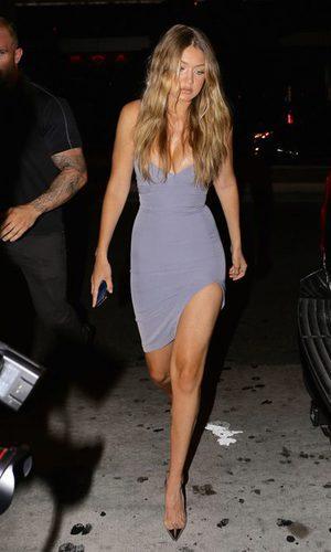 Gigi Hadid, explosiva con un ajustado vestido