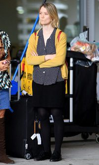 Mia Wasikowska pasa del glamour de Hollywood