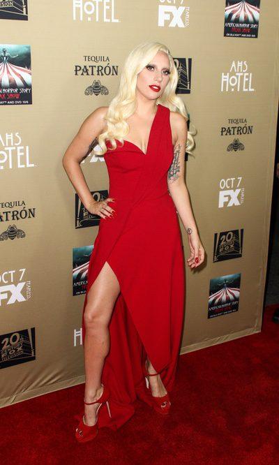 Lady Gaga, todo al rojo