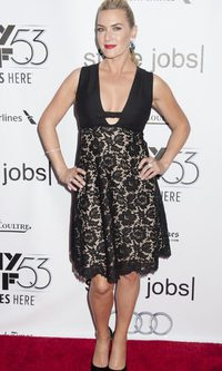 Kate Winslet, desacertada con su bordado