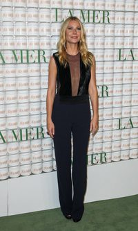 Gwyneth Paltrow, elegante con transparencias