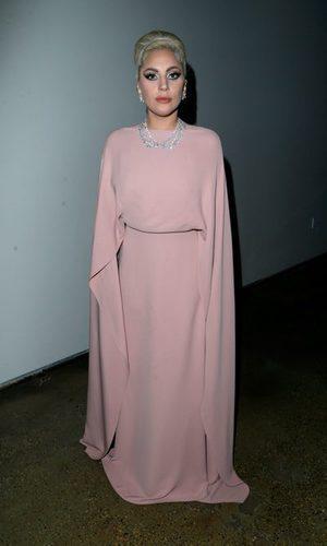 Lady Gaga, la tierna princesa de Valentino