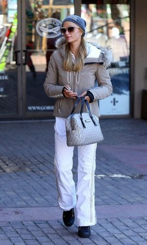 Paris Hilton se pasa al look sporty