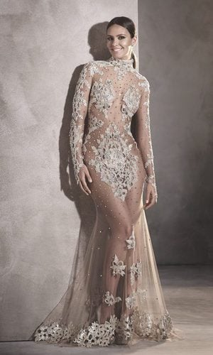 Cristina Pedroche da la campanada con su vestido de Pronovias