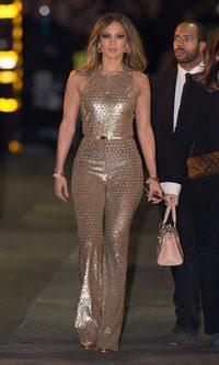 Jennifer Lopez, la burbujita de Freixenet embutida