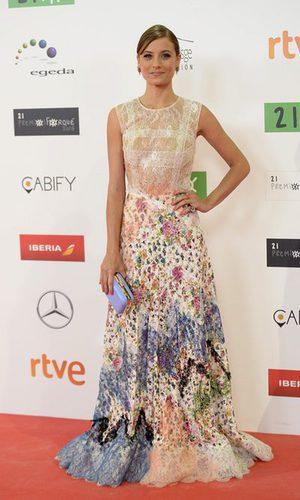 Michelle Jenner deslumbra con su arriesgado vestido