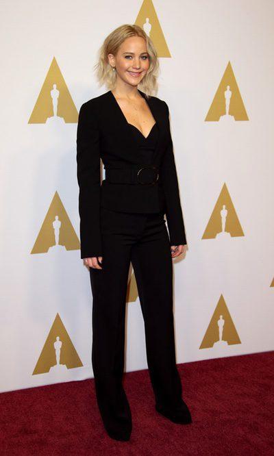 Jennifer Lawrence, elegante con su outfit total black