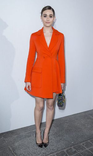 Emmy Rossum, lady in red