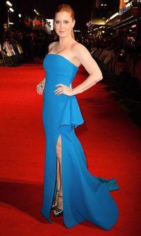 Amy Adams, azul en la alfombra roja