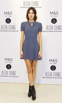 Alexa Chung presume de piernas