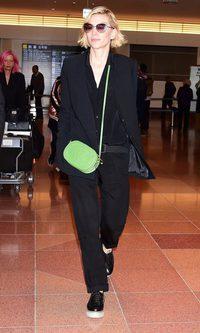 Cate Blanchett con un look andrógino