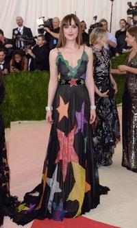 Dakota Johnson, la estrella estrellada de Gucci