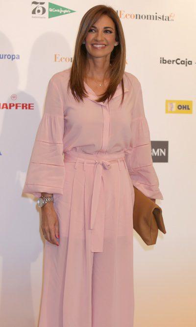 Mariló Montero piensa en rosa