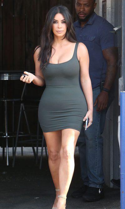 Kim Kardashian presume de 'cuerpazo'