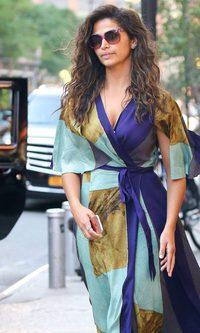 Camila Alves rinde tributo al print geométrico