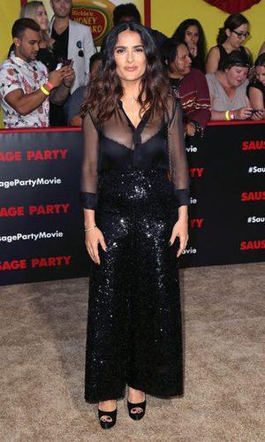 Salma Hayek, elegante y sexy con su total black