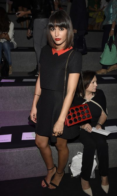 Michelle Calvó se suma al look negro