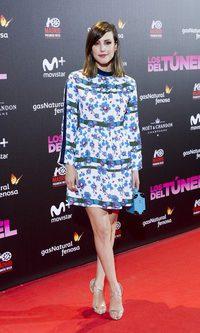 Natalia de Molina con un look floral