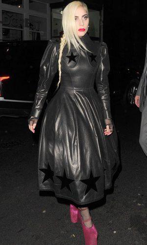 Lady Gaga con un look muy 'Gaga'