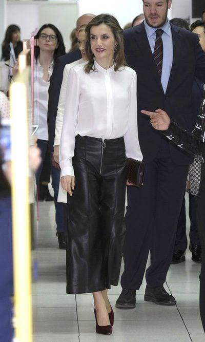 La Reina Letizia regresa al cuero