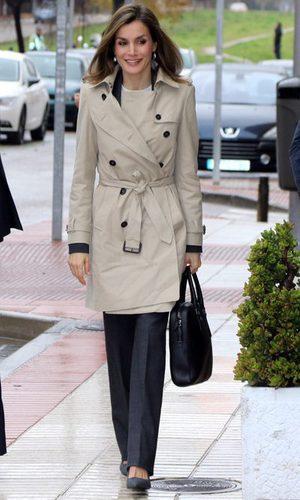 La Reina Letizia y su look 'working girl'