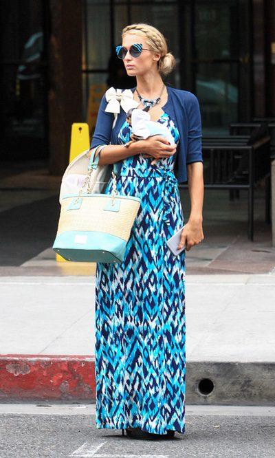 Paris Hilton apuesta por un look étnico