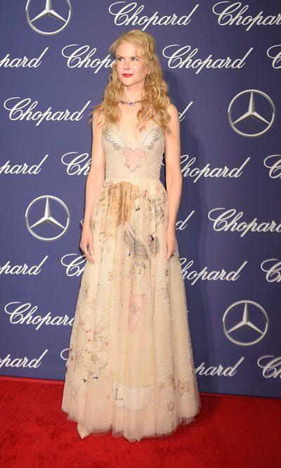 Nicole Kidman con un vestido estampado