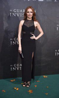 Cristina Castaño, total black