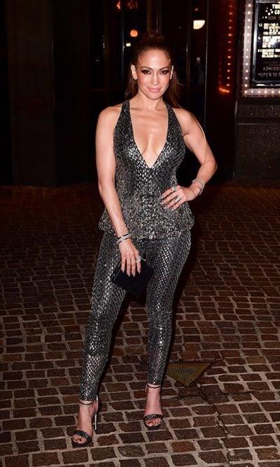 Jennifer Lopez y su deslumbrante look