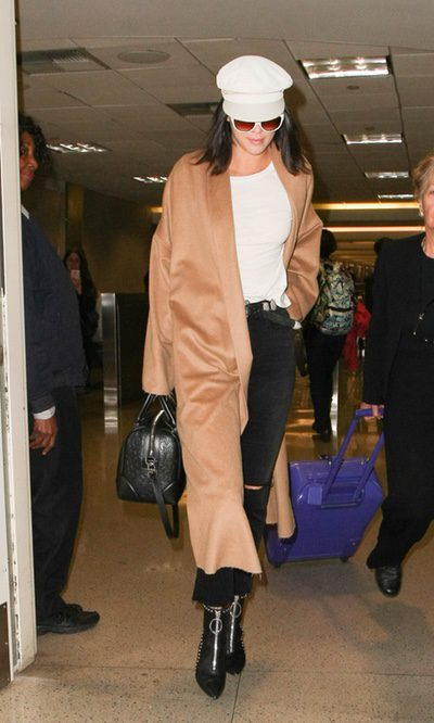 Kendall Jenner apuesta por un look muy chic