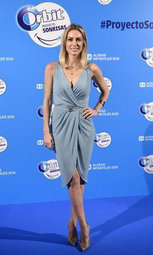 Kira Miró con un look sencillo y elegante