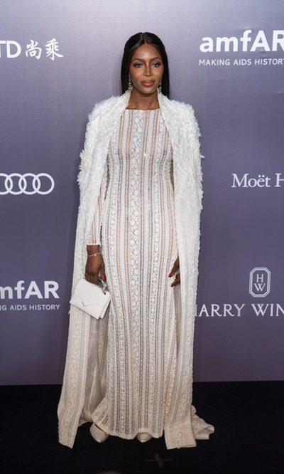 Naomi Campbell derrocha glamour